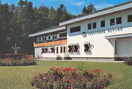 Ass naz alpini sez conegliano 1997 p c incontro for Soggiorno alpino costalovara